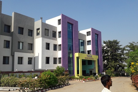 UKA Tarsadia University-Girls Hostel